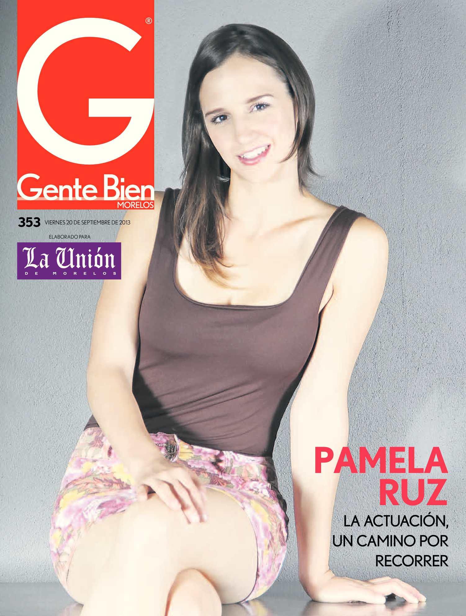 Pamela Ruz Nude Photos 25